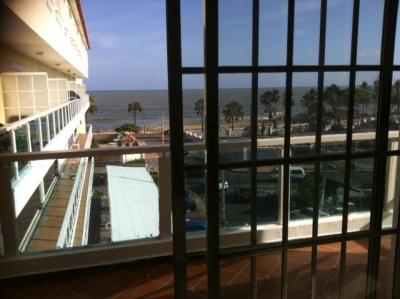 Fresco apartamento con vista al mar DN.