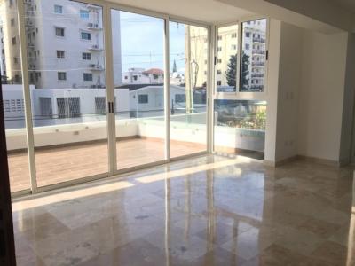 Lujosos Apartamentos de 192mts2 ubicado en exclusivo sector Serralles