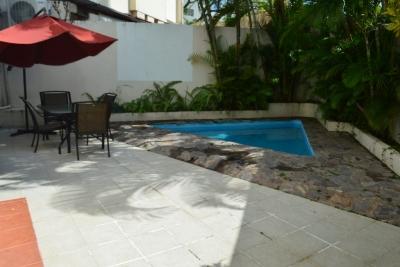 Preciosa Casa en alquiler y venta. Arroyo Hondo