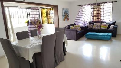 Arroyo hondo, 3 habitaciones, 2 parqueos 142mts2