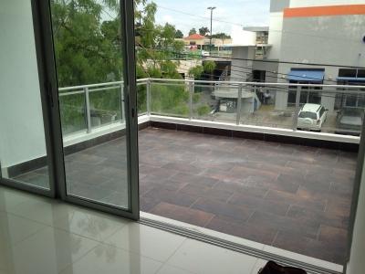 Apartamento en venta de 3 habitaciones ubicado en Arroyo Hondo