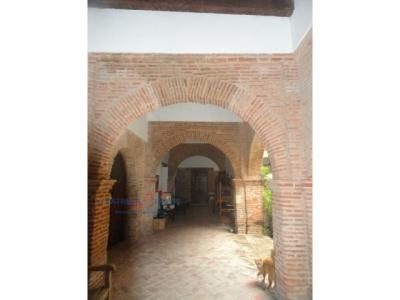 Se alquila de oportunidad, Hermosa Casa estilo colonial, Santo Domingo.