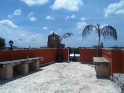 Apartamento amueblado con Terraza en La Zona Colonial