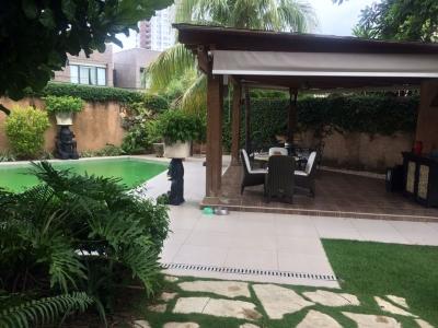 Casa Tropical y Caribeña