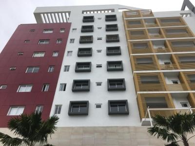Bello Apartamento en alquiler de 1hab en Evaristo Morales c/balcon y Vigilancia Privada
