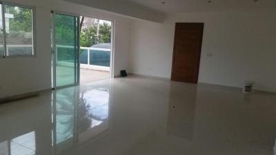 Se vende Amplio y Cómodo Apartamento de 3hab en Evaristo Morales