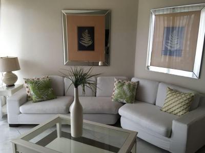 Se alquila Bello Apartamento Amueblado y con A/acondicionado 3hab en Evaristo Morales