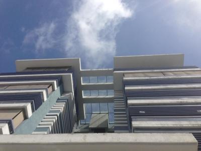 Se vende Lujoso y Espacioso Apartamento en Piantini 4hab con Linea Blanca posee doble entrada Vigilancia Privada
