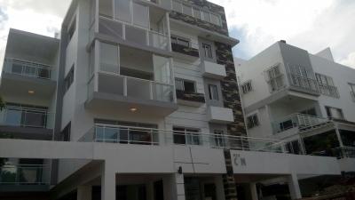 Apartamentos casi listos en Los Prados desde US$ 106,000