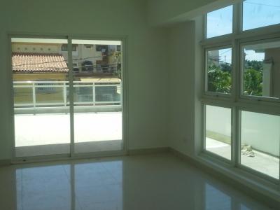 Apartamento nuevo con terraza, torre con GYM y aras sociales, Mirador Norte