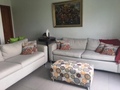 Apartamento en venta de 3 habitaciones ubicado en Arroyo Hondo II
