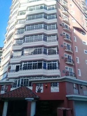 Amplio apartamento en venta en La Esperilla