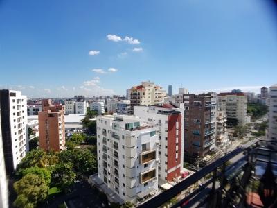 Alquilo amplio apto de 3 hab en Serralles - con vista panoramica