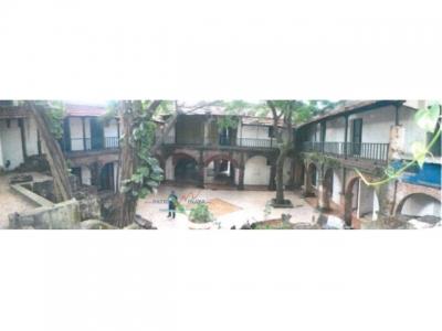 Hotel en proyecto en venta en Zona Colonial con parqueos y piscina