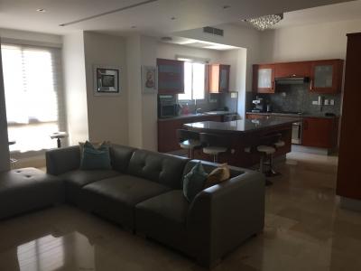 Apartamento en Los Cacicazgos 242M2 US$420,000.00