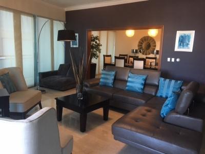 Lujoso apartamento en alquiler de 3 habitaciones ubicado en La Esperilla