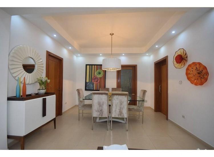 Hermoso Apartamento con Linea Blanca en Naco