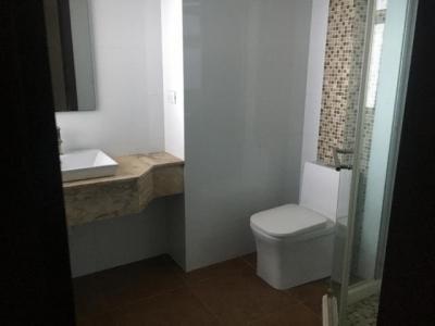 Apartamento en Venta en Torre Mar Azul, Los Cacicazgos.