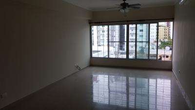 Apartamento en venta de 2 habitaciones ubicado en Serralles