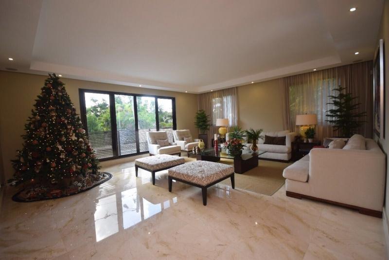 ARROYO HONDO VIEJO: Exclusiva residencia en Zona Premium