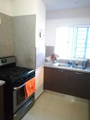 Vendo apartamento en hermosa torre de Evaristo Morales