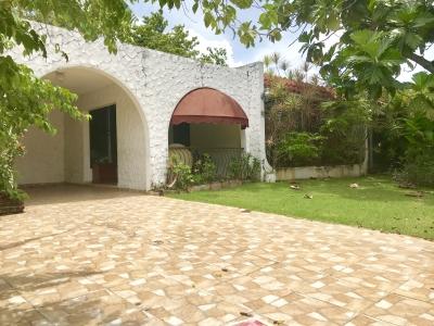 Casa de OPORTUNIAD para Remodelar con 517mts de Solar