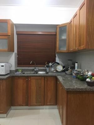 Apartamento en venta en Evaristo Morales 1H 1.5B 1P