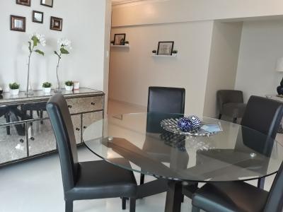 Apartamento en venta en Renacimiento 2H 2B 2P