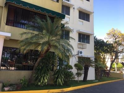 Apartamento en venta de 3 habitaciones ubicado en Las Praderas