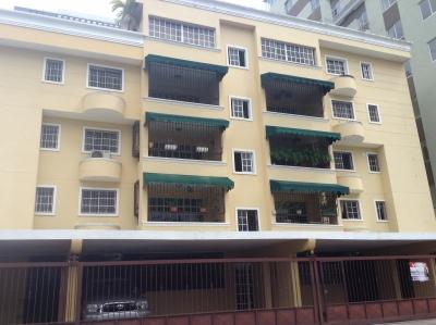 Amplio Apartamento en Evaristo Morales