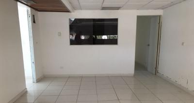 Oficina en Alquiler en Evaristo Morales de 37 m2