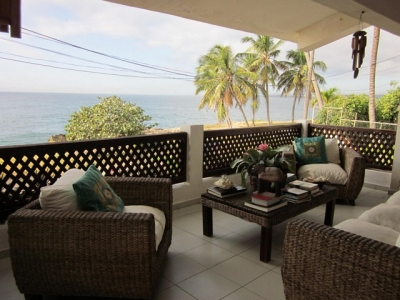 Vendo o alquilo casa en Costa Verde, frente al mar
