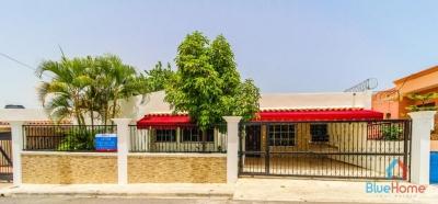 Casa en Villa Claudia