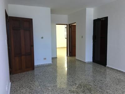Oficina de 54 m2. Segundo Nivel. 27 de Febrero