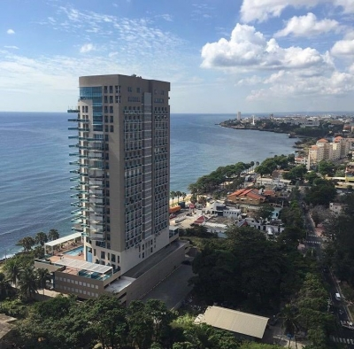 Oportunidad de apartamento disponible en una Espectacular Torre Con Vista al Mar