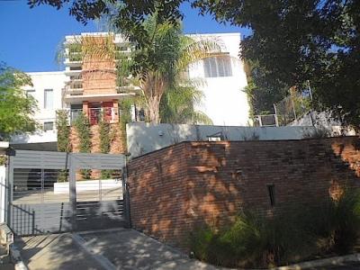Altos de Arroyo Hondo III - Acabados modernos y espacios abiertos