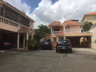VENDE Casa Arroyo Hondo II