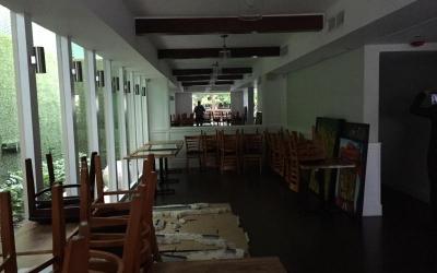 RENTA Local Comercial para Bar o Restaurant con 2 niveles y 2 Terrazas
