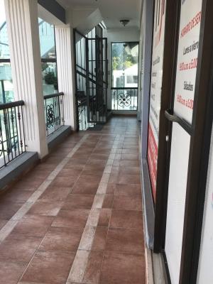 Local Comercial en Naco Segundo Nivel. 45 m2