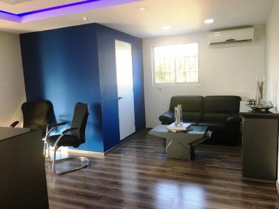 Oficina en Alquiler en la Naco de 340 m2.