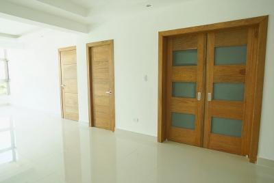 Apartamentos nuevos de 3 hab + estudio, con areas sociales en Real