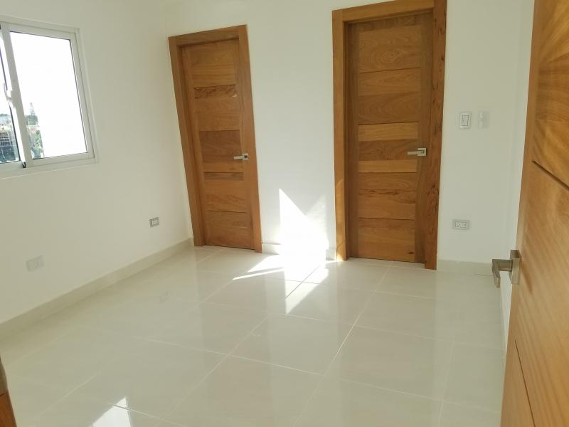 Los Restauradores 190Mts (Apartamento 100Mts + Terraza 90Mts ) 2HAb
