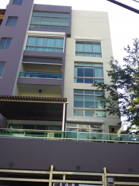 Vendo apartamento en la Urb. Real de 2 y 3 habitaciones totalmente nuevo