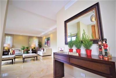 Casa - Venta y Alquiler ARROYO HONDO / US$635,000°° US$3,750°° / 697m2