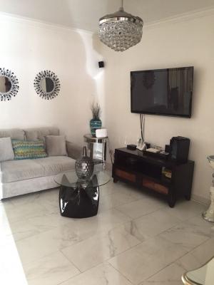 Casa - Venta ARROYO HONDO / RD$7,900,000°° / 304m2