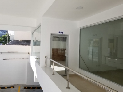 Local Comercial en Naco Primer Nivel. 44 m2