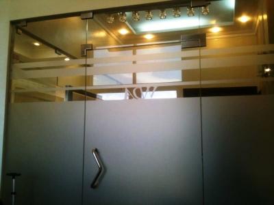 Oficina en Alquiler en Piantini de 68 m2. Torre Empresarial