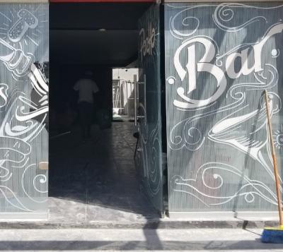 Local Comercial de 99 m2 en Evaristo Morales dirigido a Bar