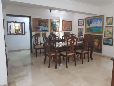 Se vende espacioso y bien distribuido apartamento en NACO RD$9,000,000.00