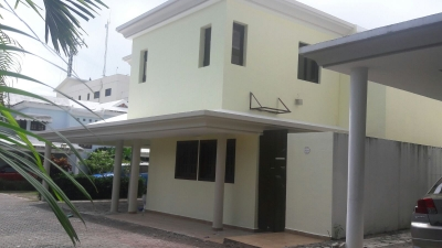 Casa - Venta ARROYO HONDO / US$220,000°° / 272m2